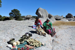 Copper Canyon tarahumara people. Pic of tarahumara women and girl at Valle de las Ranas (very near Creel), Chihuahua Stock Photos
