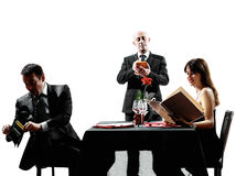 Coppia gli amanti che datano le siluette della cena Immagine Stock Libera da Diritti