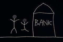 Coppia la celebrazione, ottenuta l'aiuto finanziario da una banca della banca, concetto dei soldi, insolito Fotografia Stock Libera da Diritti