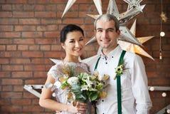 Coppia sposata allegra Fotografie Stock Libere da Diritti