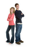 Coppie adolescenti che si levano in piedi insieme Fotografie Stock Libere da Diritti