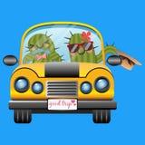 Coppie amorose del cactus in automobile gialla Immagine Stock Libera da Diritti