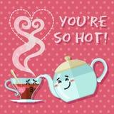 Coppie amorose della tazza di tè e bollitore o teiera Fotografia Stock