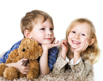 Coppie Charming dei bambini Immagini Stock
