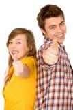 Coppie con i pollici in su Fotografia Stock Libera da Diritti