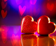 Coppie dei cuori di rosso dei biglietti di S. Valentino Immagini Stock Libere da Diritti
