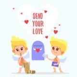 Coppie dei cupidi svegli del fumetto che inviano le lettere romantiche Fotografia Stock Libera da Diritti