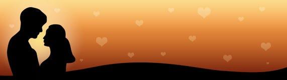 Coppie dell'intestazione di Web nell'amore al tramonto Immagini Stock Libere da Diritti