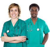 Coppie di giovani medici Fotografie Stock Libere da Diritti