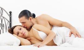 Amanti di mezza et letto stock photos download 19 images - Giochi che si baciano a letto ...
