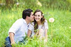 Coppie felici nell'amore fotografia stock libera da diritti