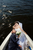 Coppie felici sull'yacht Fotografie Stock