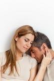 Coppie nell'abbracciare di amore Fotografia Stock Libera da Diritti