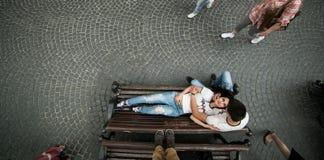 Coppie nella città fotografia stock libera da diritti