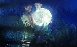 Coppie nude nella foresta tropicale Fotografia Stock Libera da Diritti