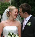 Coppie, sposa & sposo di cerimonia nuziale Immagine Stock