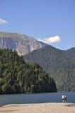 Coppie sul lago Riza Immagine Stock
