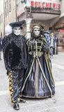 Coppie travestite - carnevale veneziano 2013 di Annecy Immagine Stock