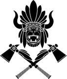 Copricapo e tomahawks indiani americani Immagini Stock