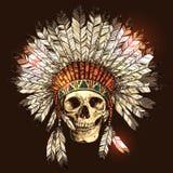Copricapo indiano del nativo americano disegnato a mano con il cranio umano Fotografia Stock