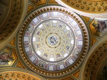 Copule d'église Budapest, Hongrie photo stock