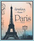 Copyspace减速火箭的样式海报有巴黎背景 免版税库存照片