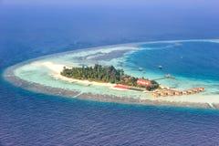 Copyspace Maayafushi Resor del mar del paraíso de las vacaciones de la isla de Maldivas Imagenes de archivo
