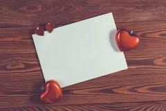 Copyspace prześcieradło papier z serc bożych narodzeń decorationsconcep Zdjęcia Stock