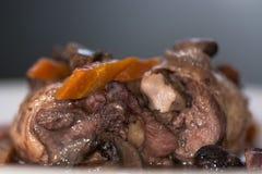 Coq au vin szczegół od strony zdjęcie royalty free