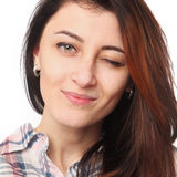 ¡COQUETEO! guiño de la mujer joven (lenguaje corporal, gestos, psyc Foto de archivo libre de regalías
