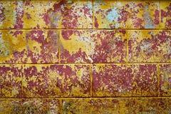Cor alaranjada e vermelha, detalhe de uma fachada da casa Fotos de Stock