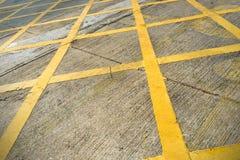 Cor amarela na rua imagens de stock