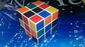 Cor de Pazzal do cubo de Rubick do jogo e da cor muito original fotografia de stock