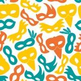 A cor de rio do carnaval mascara o teste padrão sem emenda dos ícones Fotografia de Stock Royalty Free