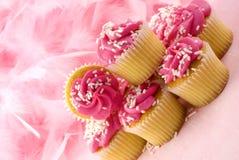 Cor-de-rosa para o mês da consciência do cancro da mama imagens de stock royalty free
