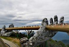 Cor dourada da ponte do Da Nang imagens de stock