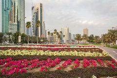 Cor gebiedstraat in Doha, Qatar in daglicht royalty-vrije stock afbeeldingen