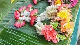 A cor muito agradável tailandesa do projeto da festão na venda tem o espaço da cópia Fotografia de Stock Royalty Free