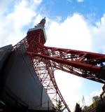Cor vermelha e branca da torre do Tóquio Imagem de Stock