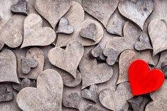 Coração cinzento da extremidade vermelha Valentine Day Greeting Card fotografia de stock royalty free