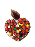 Coração com baga de sabugueiro, pinos de desenho e folha, isolador Imagens de Stock
