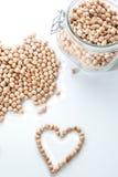 Coração com grãos-de-bico Imagem de Stock Royalty Free
