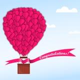 Coração cor-de-rosa em um balão em um céu azul com nuvens ilustração royalty free