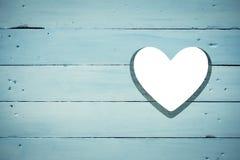 Coração cortado na madeira Imagem de Stock