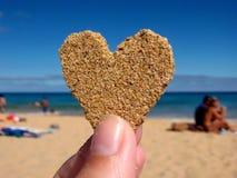 Coração da areia fotografia de stock