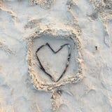 Coração da areia Fotografia de Stock Royalty Free