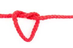 Coração da corda vermelha isolado Fotos de Stock
