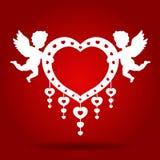 Coração da posse do cupido dos gêmeos no projeto vermelho da arte do vetor do fundo para o cartão de casamento Imagem de Stock
