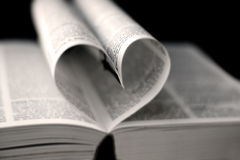 Coração das páginas do livro Foto de Stock