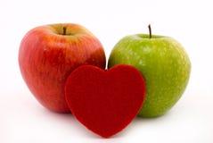 Coração de Apple imagens de stock